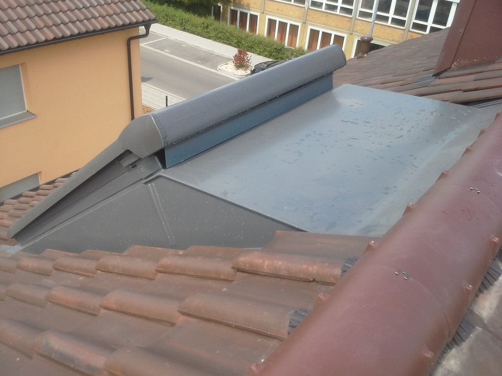 Schreinermeisterhaus maier ausbau rund ums dach velux - Innenfutter dachfenster ...